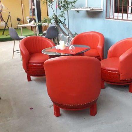 Salon extérieur 4 places  avec 1 table