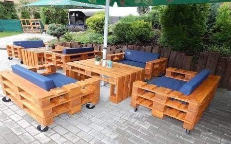 Salon de jardin 4 places avec table + coussins