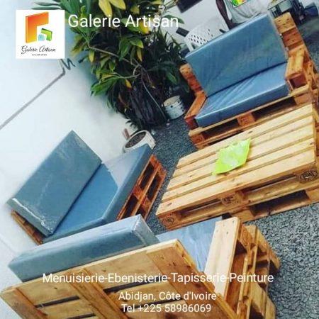 Salon 6 places avec coussin +1 table vitrée