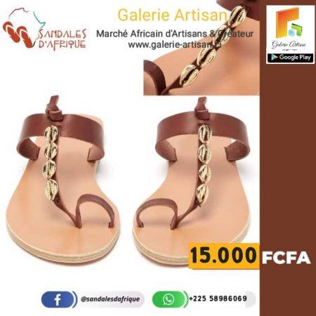 Sandale en cuir Femme S7